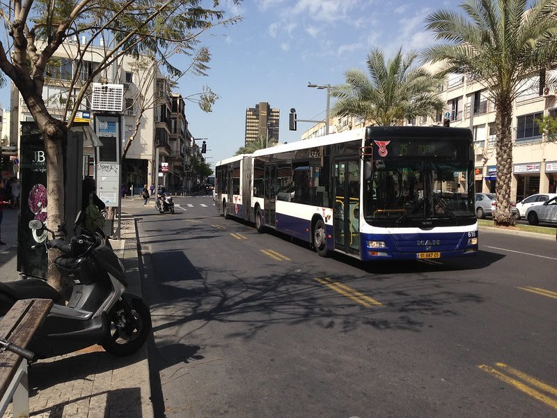Tel Aviv to offer free public transport on a Saturday
