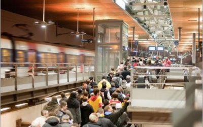 Crowd Management in Public Transport